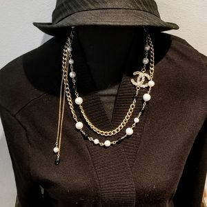 Authentic chanel Pearls beads and chain necklace